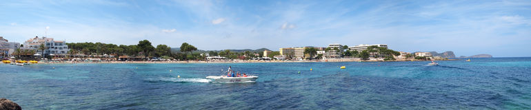 Panorama av stranden för Es Cana, Ibiza Royaltyfria Foton