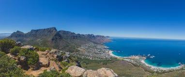 Panorama av tabellberget och 12 apostlar i Cape Town Royaltyfri Fotografi