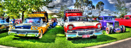 Panorama av 60-talFord Fairlane cabrioleter Fotografering för Bildbyråer