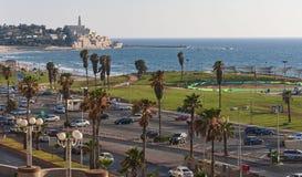 Panorama av telefon Aviv Beach och gamla Jaffa royaltyfria bilder