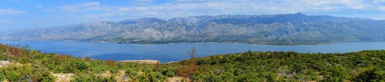 Panorama av Velebit berg Sveto Brdo, Vaganski vrh, Paklani arkivfoton