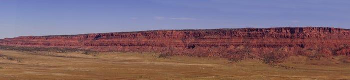 Panorama av Vermillion klippor Fotografering för Bildbyråer