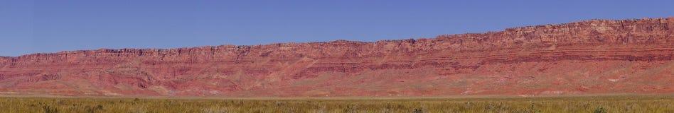 Panorama av Vermillion klippor Arkivfoton