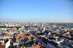 Panorama av Wien från Sts Stephen domkyrka royaltyfri fotografi