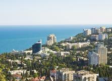 Panorama av Yalta, Krim fotografering för bildbyråer