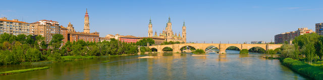 Panorama av Zaragoza Fotografering för Bildbyråer