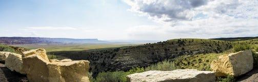 Panorama: Barranco de mármol Hwy 89 entre las primaveras y la página amargas, visión panorámica, verano 2017 - Arizona, AZ Imagen de archivo