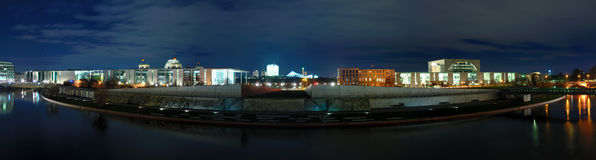 Panorama berlin at night Royalty Free Stock Photos