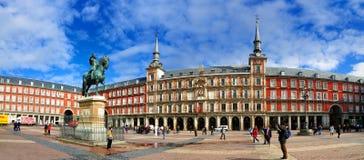 Panorama av Plazaborgmästare, Madrid fotografering för bildbyråer