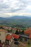 Panorama- beskåda från San Marino, Italien Arkivfoto
