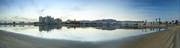 Panorama- beskåda på semesterorthotell av Eilat, Israel Arkivfoton