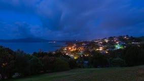 Panorama bij nacht van Kabelbaai en Mangonui in Nieuw Zeeland royalty-vrije stock foto