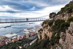 Panorama bij Windsor Bridge - de hangbrug van Gibraltar ` s in de Hogere Rots wordt gevestigd die gibraltar royalty-vrije stock fotografie