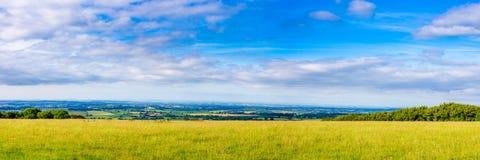 Panorama- bild av den södra Somerset Countryside Arkivbilder