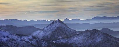 Panorama blu di Abstarct, sierra Nevada Fotografia Stock Libera da Diritti