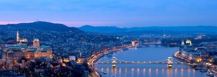 Panorama blu di ora di Budapest Fotografia Stock