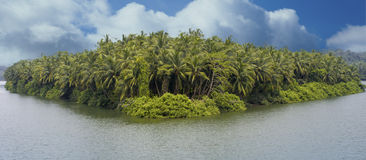 Panorama bonito do lago Imagens de Stock Royalty Free