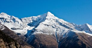 Panorama bonito em Himalaya/Nepal fotografia de stock