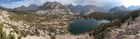 panorama bullfrog jeziora. Obrazy Stock