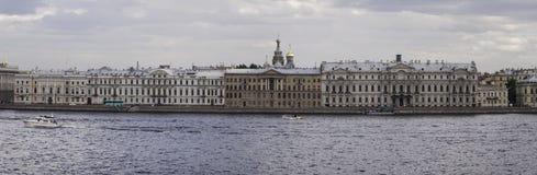 Panorama bulwar Neva rzeka Obrazy Royalty Free