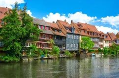 Panorama cênico do verão da arquitetura velha do cais da cidade em Bamberga, Baviera, Alemanha Fotografia de Stock