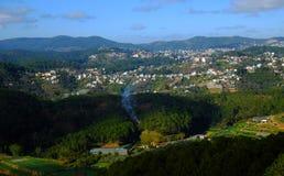 Panorama, campo de Dalat, Vietnam, colina, montaña Imagen de archivo libre de regalías