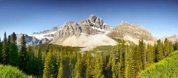 Panorama canadense de Montanhas Rochosas Fotos de Stock