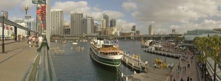 Panorama caro del porto immagini stock