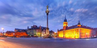 Castle Square at night in Warsaw, Poland. Panorama of Castle Square with Royal Castle, colorful houses and Sigismund Column called Kolumna Zygmunta in Old town stock photos