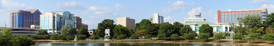 Panorama- cityscape av Huntsville, Alabama arkivfoton