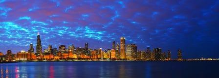 Panorama céntrico del paisaje urbano de Chicago Imagen de archivo