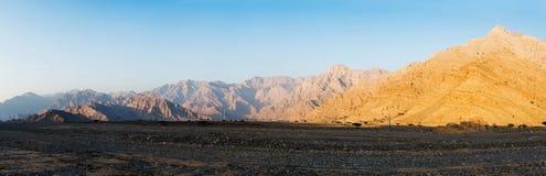 Panorama complet de gamme de montagne de désert de Jabal Jais image libre de droits