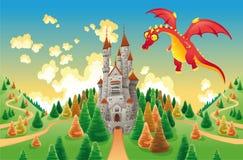 Panorama con il castello ed il drago medioevali. Immagini Stock Libere da Diritti