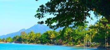 Panorama d'île de paradis Photographie stock libre de droits