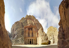 Panorama d'Al Khazneh ou le trésor à PETRA antique, Jordanie Photo stock