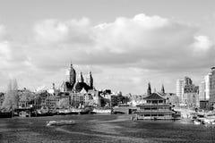 Panorama d'Amsterdam noir et blanc photos stock