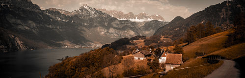Panorama d'annata in alpi svizzere Immagini Stock Libere da Diritti