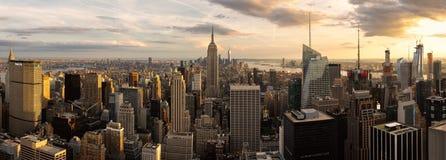 Panorama d'Empire State Building et d'horizon de New York City photo stock