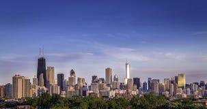 Panorama d'horizon de Chicago dans la fin de l'après-midi images libres de droits