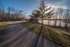 Panorama d'itinéraire aménagé pour amateurs de la nature en Cedar Falls, Iowa Images stock