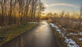 Panorama d'itinéraire aménagé pour amateurs de la nature en Cedar Falls, Iowa Photos stock
