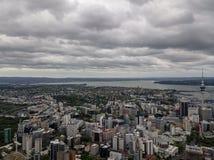 Panorama da antena da cidade de Auckland imagem de stock royalty free