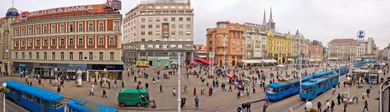Panorama da antena do quadrado principal de Zagreb imagem de stock royalty free