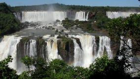 Panorama da cachoeira da esquerda para a direita vídeos de arquivo