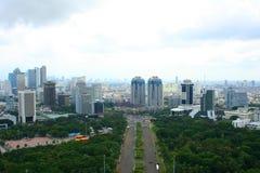 Panorama da cidade de Jakarta em Indonésia imagem de stock royalty free