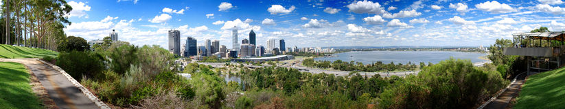 Panorama da cidade de Perth Foto de Stock Royalty Free