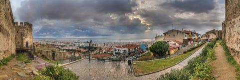 Panorama da cidade de Tessalónica da torre de Trigoniou Fotos de Stock Royalty Free