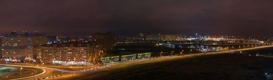 panorama da cidade da noite fotografia de stock royalty free