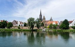Panorama da cidade Ulm com catedral Baden-Wurttemberg Alemanha imagem de stock