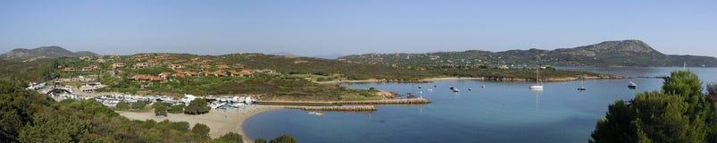 Panorama da costa de Sardinia imagens de stock